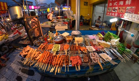 BBQ as it's done in Xiamen.  They do something similar in Guiyang, but they deep fry everything before throwing it on the grill (to save time, I suppose).  It isn't nearly as good.  I was so happy to have Dave try proper Chinese barbecue, as I'd always enjoyed it.  He agreed...it's much better this way!!