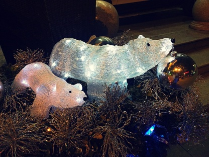 Some polar bear Christmas decorations outside of a restaurant. They made me feel a little closer to Manitoba