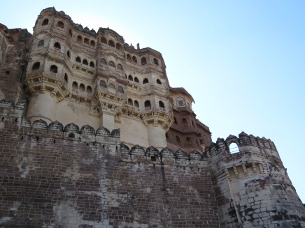 Like most of the beautiful things we've seen in Asia, the fort was built over the course of many years...being added onto every time a new king took power