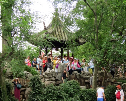 We visited Linger Garden, one Suzhou's nicest spots, a few weekends back. It was a bit crowded in some areas!