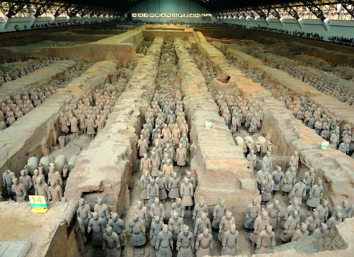 terracotta-army-hangar-in-xian-china